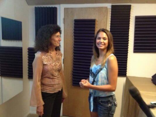 Robin Earl & Jasmine Saginario killing a song for Gary Earl Productions